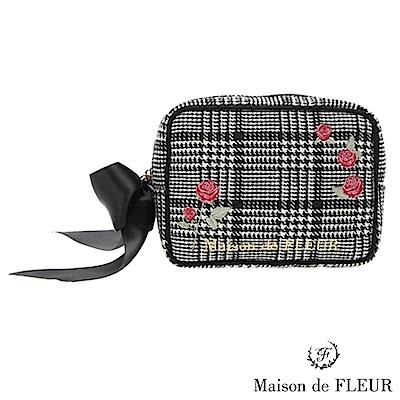 Maison de FLEUR精緻玫瑰刺繡方型小包包