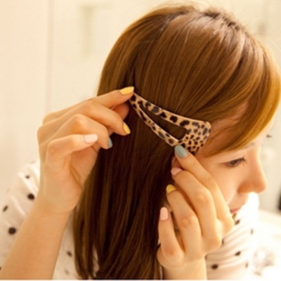 梨花HaNA  韓國經典豹紋追隨個性大三角髮夾邊夾