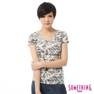 SOMETHING-仿綁染印花T恤-女-米白色