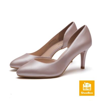 達芙妮DAPHNE-ShoeBox系列-高跟鞋-尖頭側挖空漆皮高跟鞋-粉紅8H