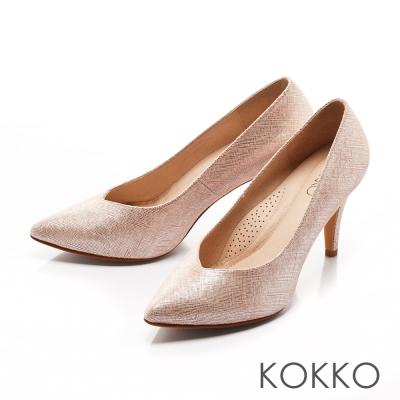 KOKKO-經典尖頭桃心口真皮優雅高跟鞋-點點粉