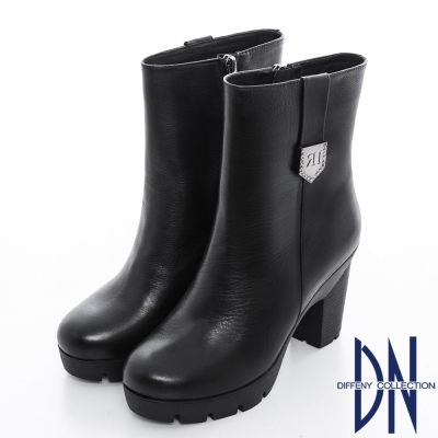 DN 獨特風采 素面真皮鑽鑲銀釦超顯瘦中筒靴 黑