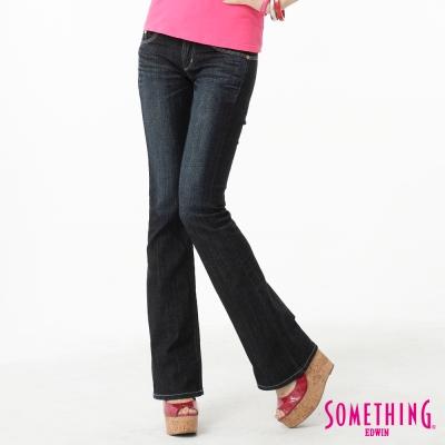 SOMETHING-靴型褲-後袋剪接牛仔褲-女-中古藍