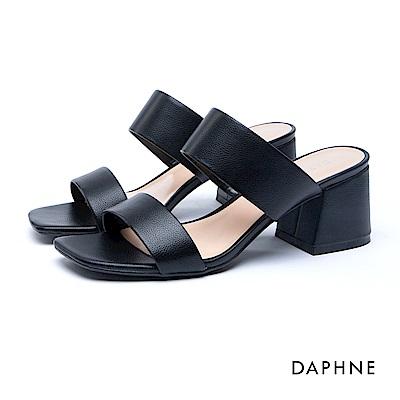 達芙妮DAPHNE 涼鞋-寬版一字帶後空馬蹄跟涼鞋-黑