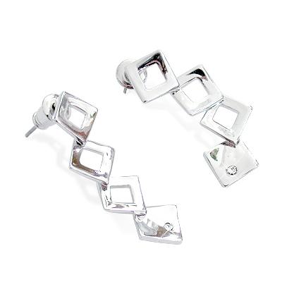 iSFairytale伊飾童話 完美佳人 菱形針式耳環