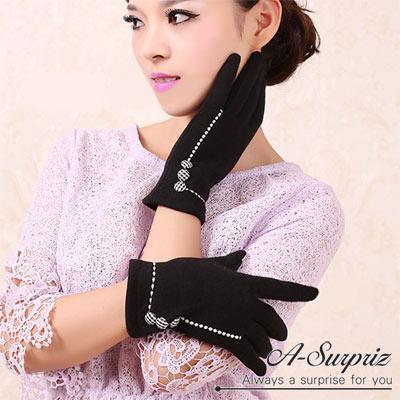 A-Surpriz-淑女縫線鈕釦精梳棉觸控手套-黑