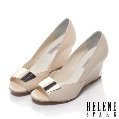 HELENE-SPARK-金屬扣飾羊皮魚口楔形鞋