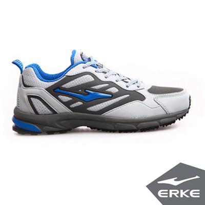 ERKE 鴻星爾克。男運動常規慢跑鞋-淺灰/彩藍