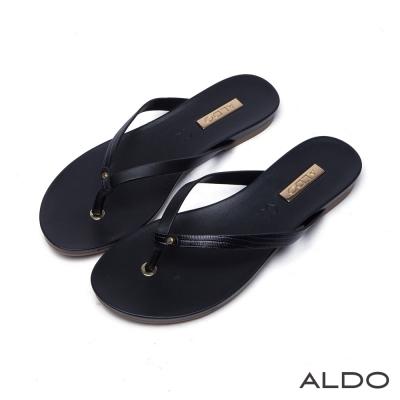 ALDO真皮原色蛇紋夾心底人字型夾腳涼鞋-尊爵黑色