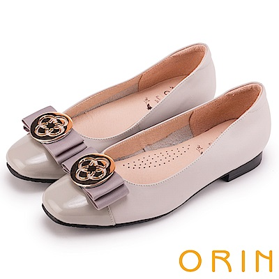 ORIN 甜美素雅 雙材質拼接牛皮飾釦低跟鞋-灰色
