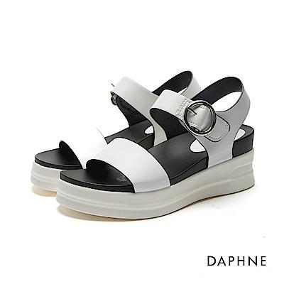 達芙妮DAPHNE 涼鞋-圓環扣帶一字楔型厚底涼鞋-白