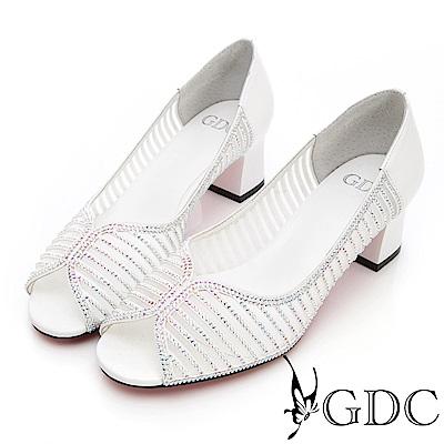 GDC-真皮鑲鑽簍空魚口粗跟鞋-白色