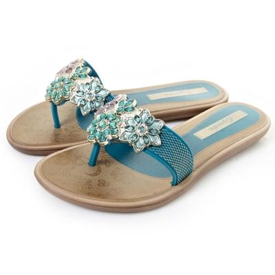 GRENDHA 粉彩晶鑽花朵時尚托鞋-綠色