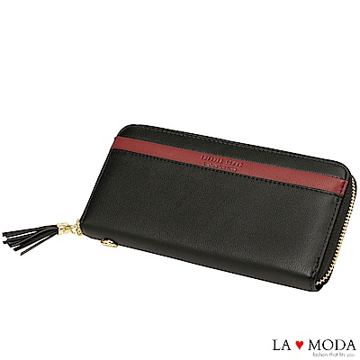 La Moda 柔軟皮質大容量流蘇綴飾多卡位拉鍊長夾手機包(黑)