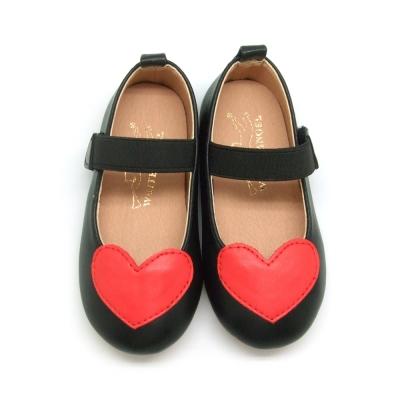 天使童鞋-D373A 心甜心娃娃鞋(小-中童)-經典黑