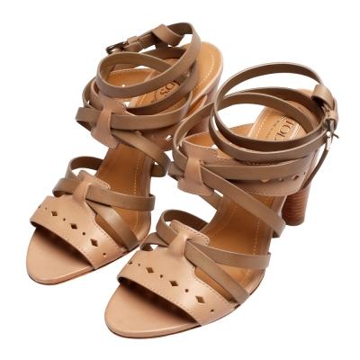 TOD'S 經典CUOIO牛皮鏤空雕花造型交錯踝飾高跟涼鞋(卡其咖)