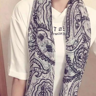 ACUBY-浪漫圖樣薄圍巾