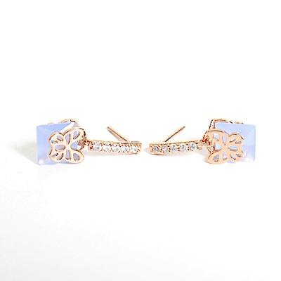 微醺禮物 正韓 鍍K金銀針 藍色方塊鋯石 鏤空可愛小蝴蝶 細緻款 耳針 耳環