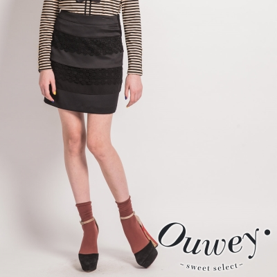OUWEY歐薇-蕾絲剪接窄短裙