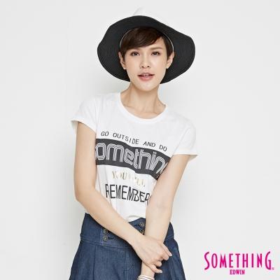 SOMETHING 輕鬆標語圓領T恤-女-白色