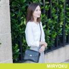 MIRYOKU 時尚星彩系列 / 鉚釘鏈帶小信封斜背包(共3色)