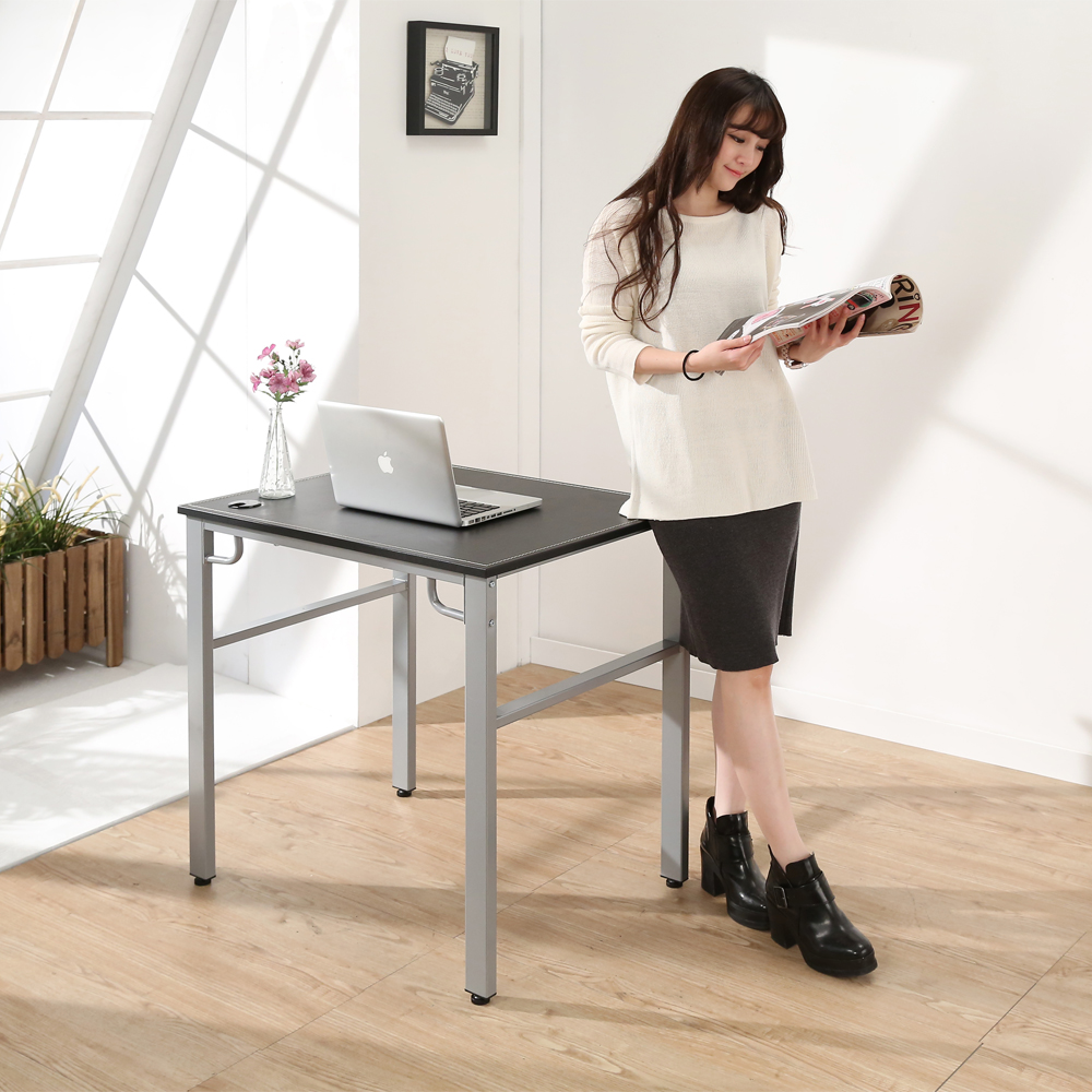 BuyJM 仿馬鞍皮環保低甲醛穩重型工作桌-寬80公分