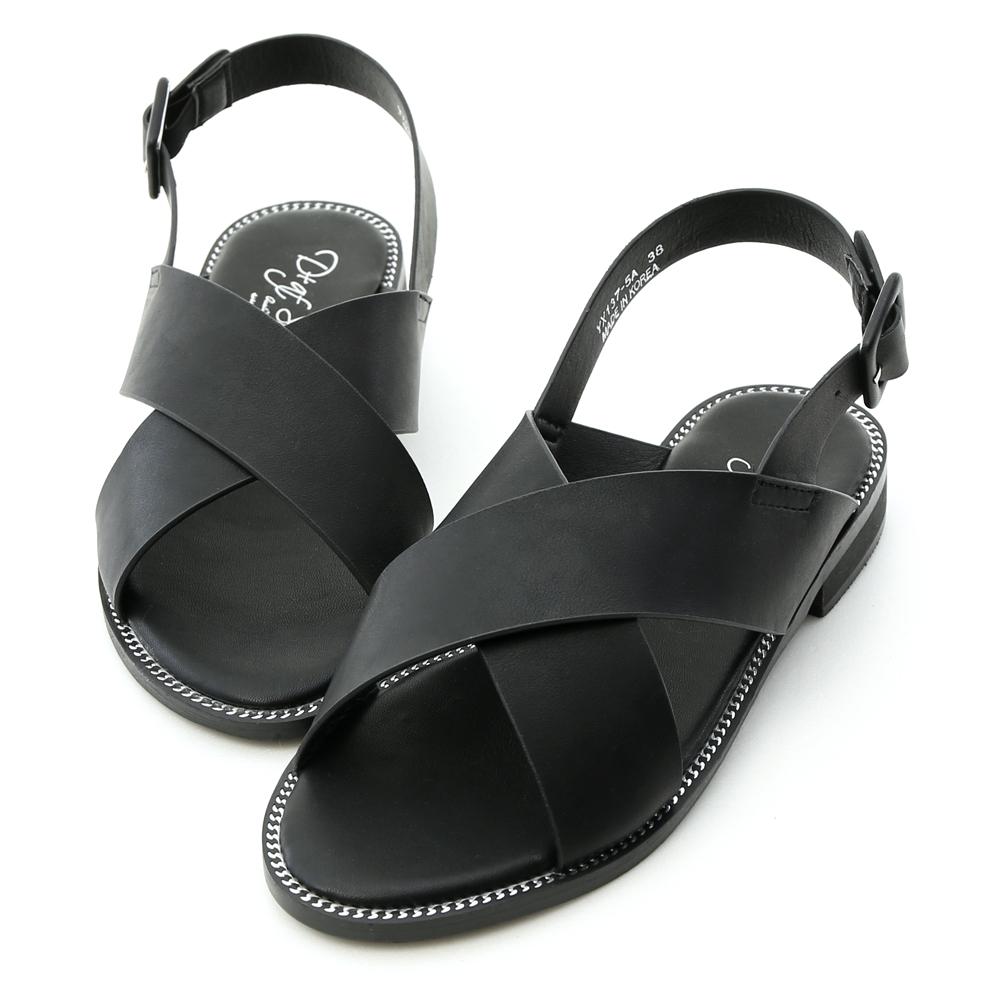 D+AF 玩酷個性.寬版交叉銀鍊邊平底涼鞋*黑