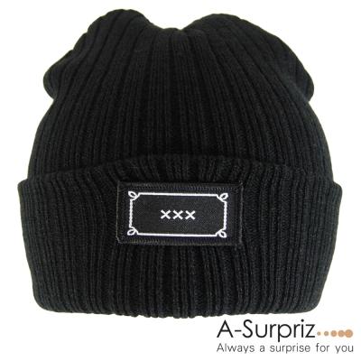 A-Surpriz 簡約XXX徽章反摺毛線帽(低調黑)
