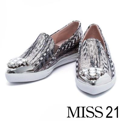 休閒鞋 MISS 21 奢華金屬白鑽飾片尖頭休閒鞋-古銅金