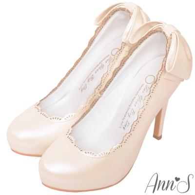 Ann'S日系甜美姿態-蕾絲滾邊後跟大蝴蝶細跟高跟鞋-粉杏