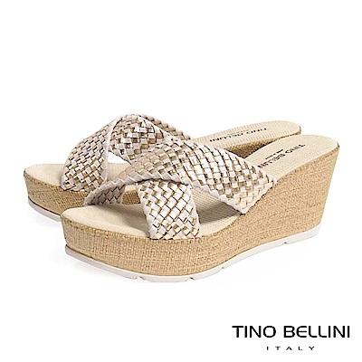 Tino Bellini 西班牙進口經典編織交叉楔型涼拖鞋 _ 米金