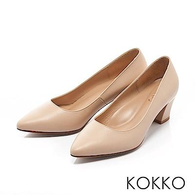 KOKKO - 都會時尚尖頭牛皮粗高跟鞋-牛奶裸