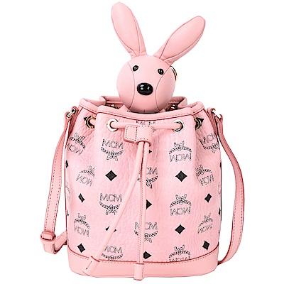 MCM RABBIT 粉色兔子玩偶造型束口水桶包(玩偶可拆當鑰匙圈使用)