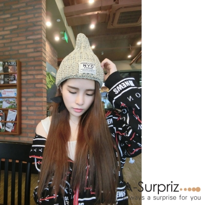 A-Surpriz NYC字母徽章混色編織毛線帽(米)