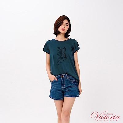 Victoria 後背露空打結設計長版短袖T-女-深綠藍