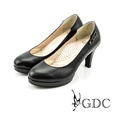 GDC-低調素面側邊扣飾真皮高跟鞋-黑色