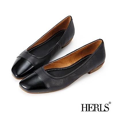 HERLS 法式典雅 全真皮漆皮拼接方頭斜口平底鞋-黑