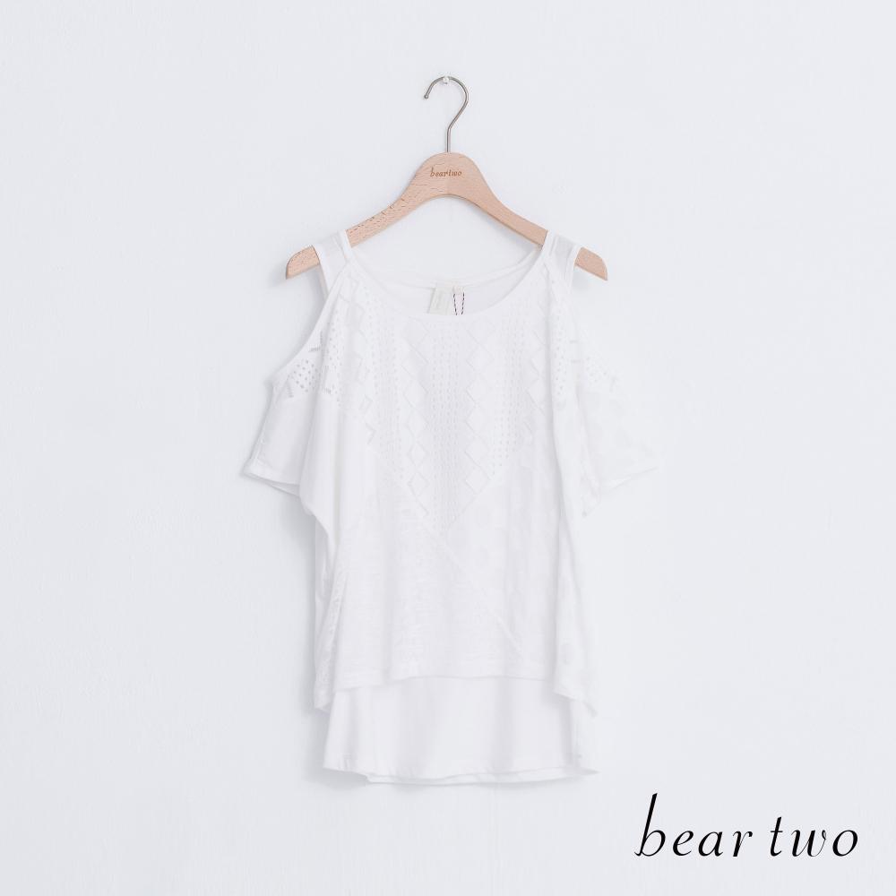 beartwo 拼接假兩件式裸肩造型上衣(二色)