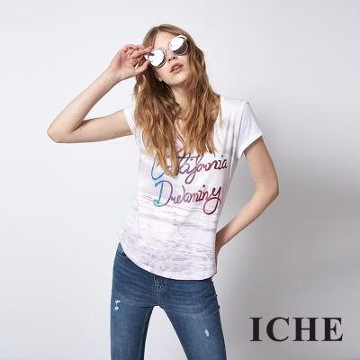 ICHE 衣哲 時尚字母暈染印花百搭造型T恤上衣