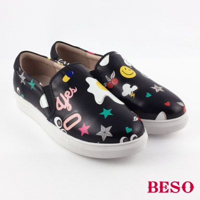 BESO 潮人街頭風 印刷牛皮俏皮塗鴉休閒鞋 黑色