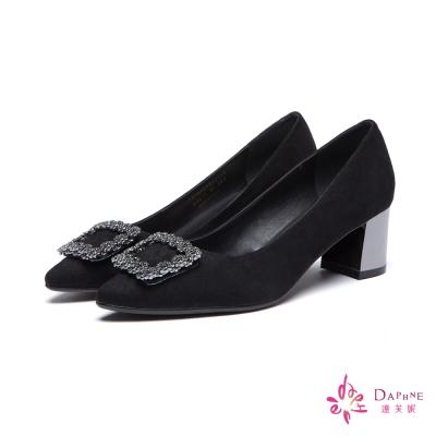 達芙妮DAPHNE-高跟鞋-水鑽方釦粗跟尖頭鞋-黑