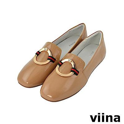 viina-都會系列-金屬圓環水鑽真皮便鞋-百搭卡其