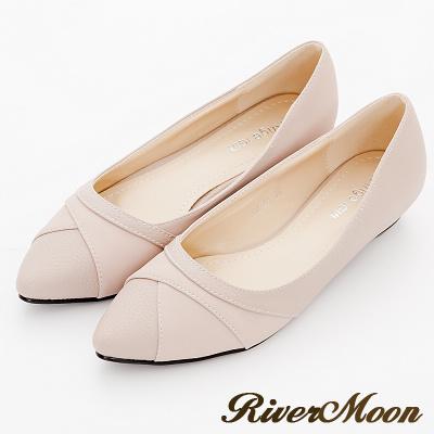 River-Moon尖頭鞋-交叉壓紋皮質拼接麂絨低跟鞋-粉杏
