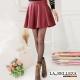 La-Belleza-中大尺碼-個性必備-皮質波浪圓短裙-酒紅