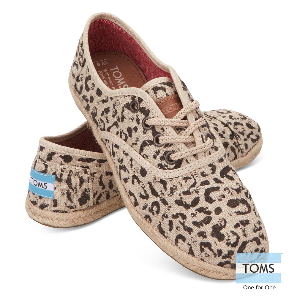 TOMS 豹紋綁帶休閒鞋-女款(卡其)
