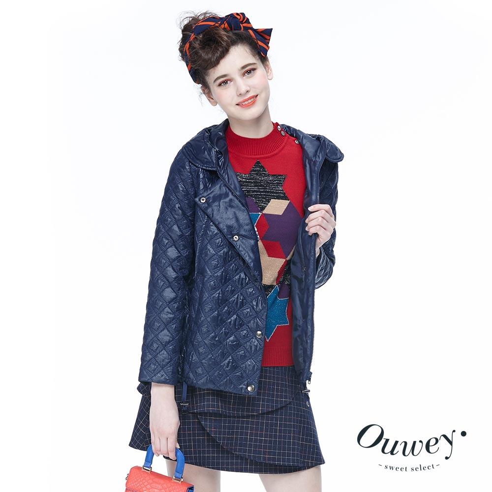 OUWEY歐薇 車繡舖棉連帽短版外套(藍)
