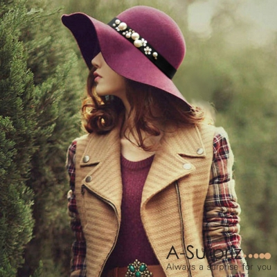 A-Surpriz 珍珠花朵寬版毛呢圓頂帽(酒紅)