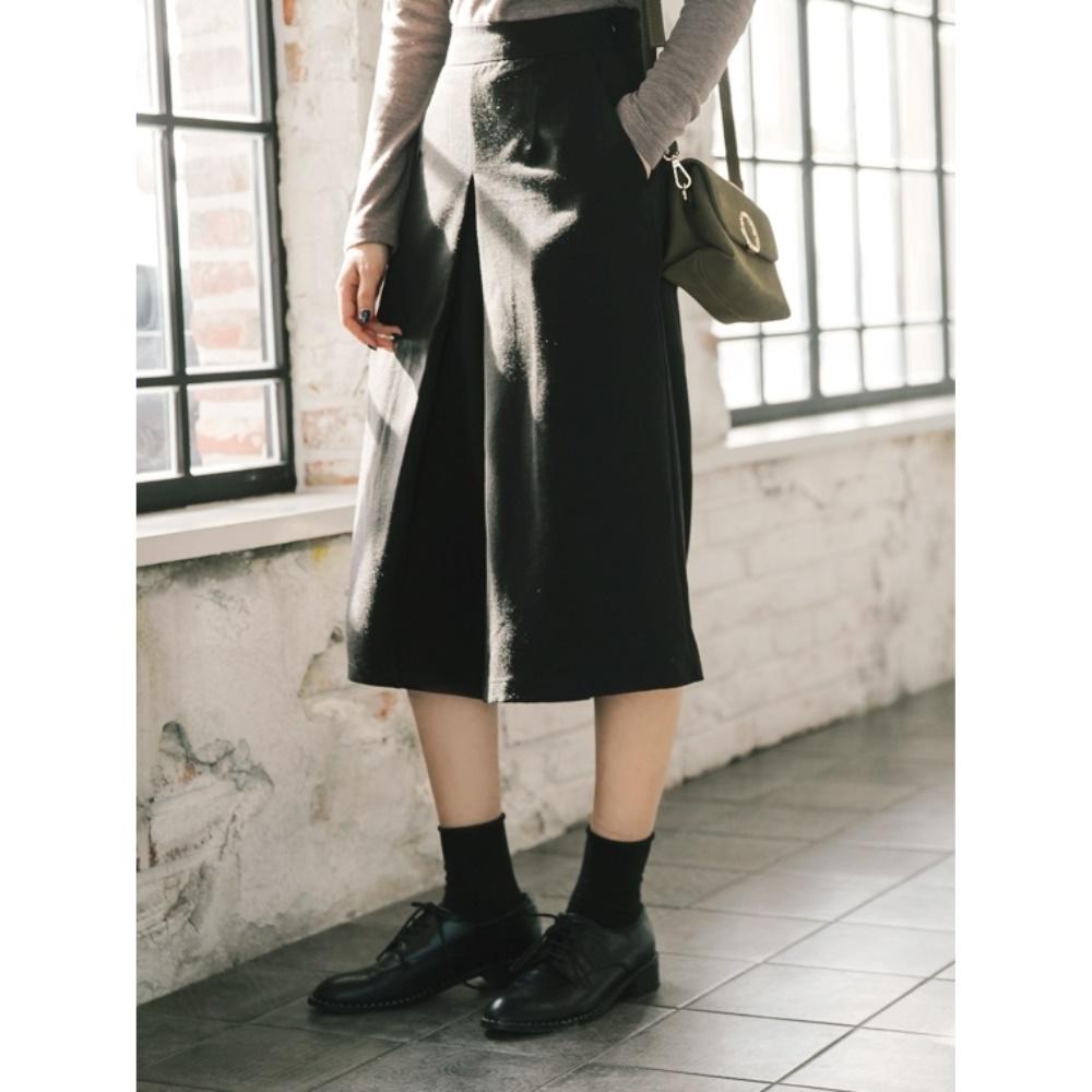 純色七分打褶闊腿寬褲-OB大尺碼