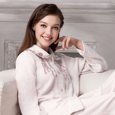 羅絲美睡衣 - 貴族氣息蕾絲厚褲裝睡衣 (貴族白)