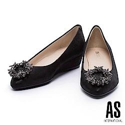 楔型鞋 AS 奢華水鑽圓形釦飾羊皮尖頭楔型鞋-黑